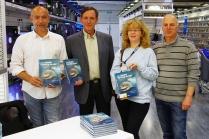 Signature de mon livre au centre Leclerc de Marly en présence des organisateurs de la Semaine de l'Océan