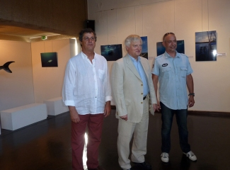 H.P. ARNAUD, adjoint au Maire chargé de la Culture, Patrice HERAUD et le Sénateur Maire Xavier PINTAT